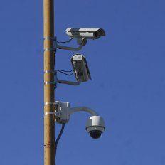Corral y la ministra Bullrich inauguran 54 cámaras de seguridad instaladas en Blas Parera