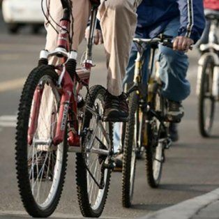 santa fe en bici avala la designacion de la directora de movilidad en bicicleta