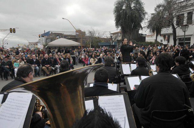 Santa Fe celebra el 9 de Julio con Aristóbulo de Fiesta