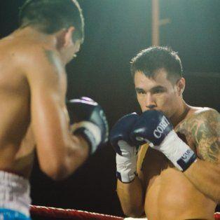 festival de boxeo profesional en el centro gallego