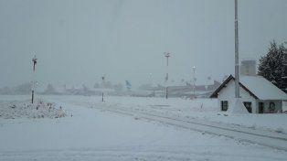 En el peor momento: cerraron los aeropuertos de Chapelco, Ushuaia y Bariloche