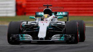 Hamilton largará primero en Gran Bretaña