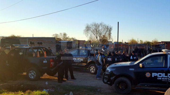 Por el asesinato de Pablo Cejas realizaron más de 20 allanamientos en barrio Yapeyú