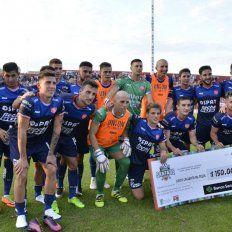 El video de los goles: Unión aplastó a Huracán (VO) y se metió en cuartos de final