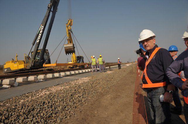 Cantard: En los 90 se cerraban ramales, ahora construimos nuevas vías