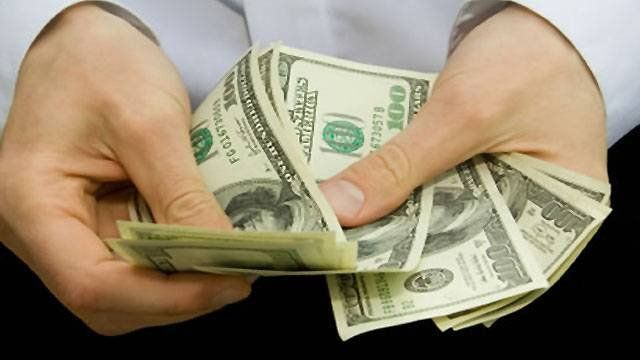 El dólar rompió la barrera de los $18 en Santa Fe y alcanzó un nuevo récord
