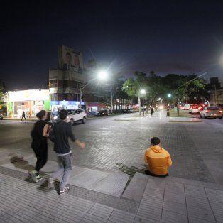 las avenidas y calles de la ciudad ya lucen la nueva iluminacion led