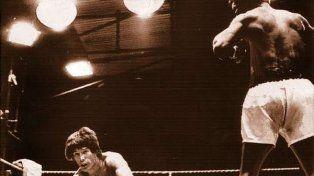 El día en el que Monzón dejó el ring y se puso el traje de leyenda