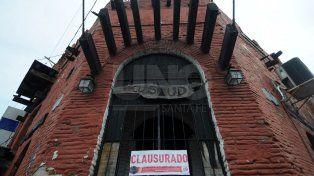 Clausurado. La whiskería de 25 de mayo y Lisandro de la Torre donde funcionaba El Stud.