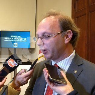 por la deuda, la provincia espera una convocatoria de nacion antes del 15 de septiembre