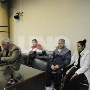 En el banquillo. Ayer, Puchinga, Pola y Monzón. Adelante, los abogados defensores, Claudio Torres Del Sel y el entrerriano, Marcos Rodríguez Allende.