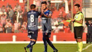 Madelón piensa en un equipo para dar vuelta la historia ante Rosario Central