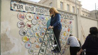 Se inauguró el mural de mosaicos que busca visibilizar la desnutrición infantil