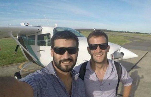 La búsqueda del avión desaparecido se reanudó a pesar del mal tiempo