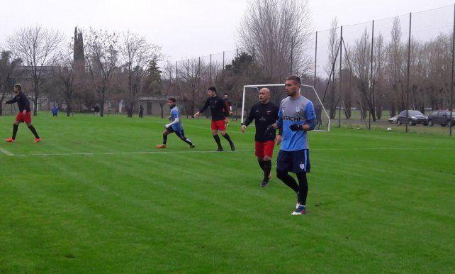 Con algunos cambios, Colón juega otro amistoso