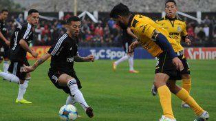 En medio de la polémica, Riestra ascendió a la B Nacional