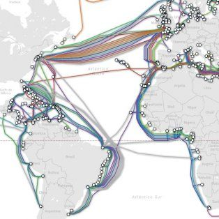 asi es la red de cables que atraviesan los oceanos y que nos conecta a internet