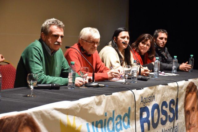 Rossi: Vamos a defender a los santafesinos que tienen miedo de perder el trabajo