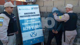 Persecución en Alto Verde: llevaba drogas a domicilio pero lo atraparon por un gesto sospechoso