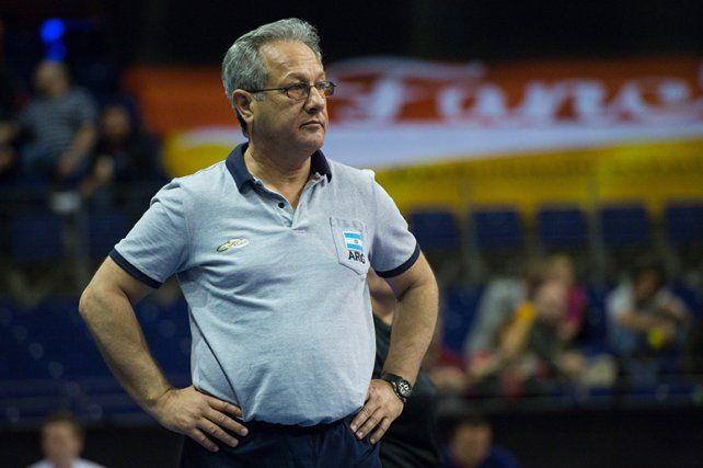 Velasco confirmó la lista para el Sudamericano de Chile