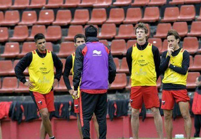 Colón: cómo terminó el torneo 2016/17 y cómo arrancaría la Superliga