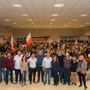 En el Frente. Radicales junto a dirigentes socialistas, en un acto reciente, rumbo a las PASO.