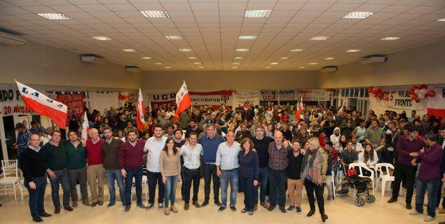 En el Frente. Radicales junto a dirigentes socialistas