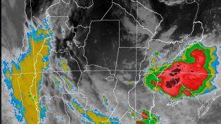El Servicio Meteorológico Nacional renovó el alerta por tormentas fuertes para Santa Fe