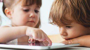 Recomiendan no exponer a niños menores de dos años a dispositivos electrónicos
