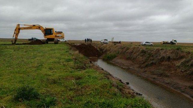 Cierran canales clandestinos para evitar el colapso de La Picasa