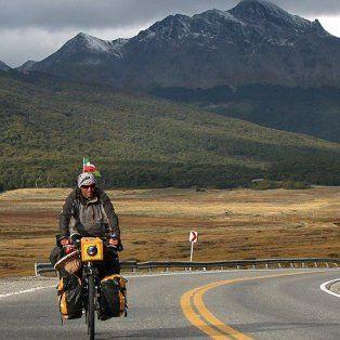 pablo garcia, el argentino que dio la vuelta al mundo en bicicleta, pasa por santa fe