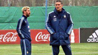 Bauza se diferenció de Sampaoli: El jugador argentino no quiere ni necesita exposición