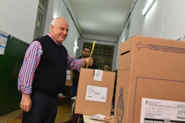 Miguel Lifschitz: No soy partidario de abandonar las primarias