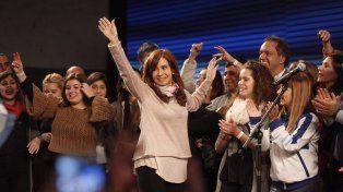 Es oficial: Cristina Fernández le ganó a Bullrich por 20.324 votos