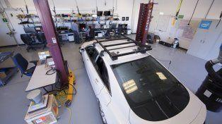 Chrysler se suma al desarrollo de la plataforma de conducción autónoma