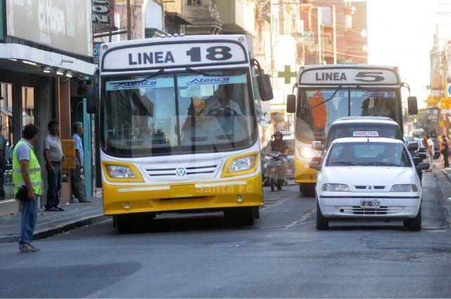 Por obras en la ciudad, ocho líneas de colectivos cambiaron los recorridos