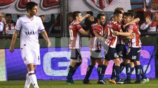 union dio el golpe ante lanus y sigue en la copa argentina