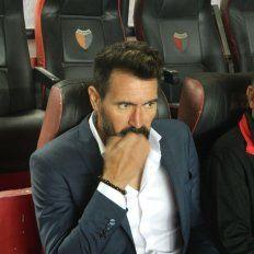 Eduardo Domínguez explicó por qué rechazó la incorporación de Brian Fernández
