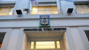 La AFA aprobó ampliar el cupo de extranjeros