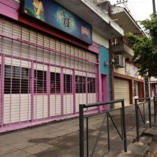 rosario: policia de civil balea en la cabeza a un ladron que intento asaltar un bar en zona sur