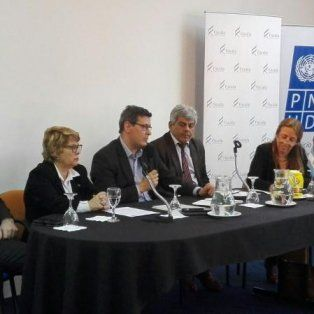 uruguay mira el sistema penal acusatorio santafesino y la experiencia del mpa