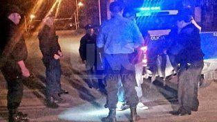 Detuvieron a un hombre que robaba objetos de autos estacionados en la calle