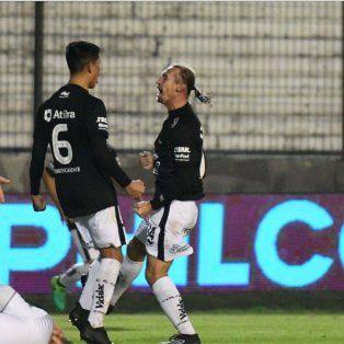 se filtro el dia y lugar del partido entre colon y huracan por copa argentina