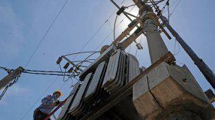 La demanda de energía fue mayor que el miércoles y rasguñó el récord histórico