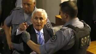 El represor Etchecolatz tuvo un ACV en la cárcel y es grave su estado de salud