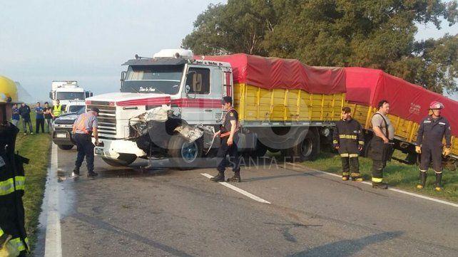 Violento choque con un muerto y tres heridos en la ruta nacional 11 a la altura de San Justo