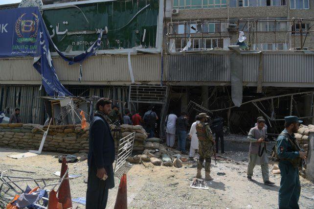 Un nuevo atentado suicida en Kabul deja seis muertos, entre ellos el atacante