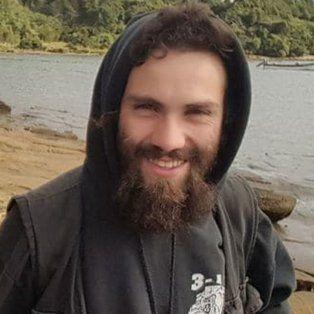 se conocieron nuevas fotos de santiago maldonado antes de su desaparicion