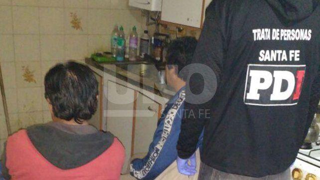 Rescataron a dos mujeres en una vivienda donde se facilitaba la prostitución