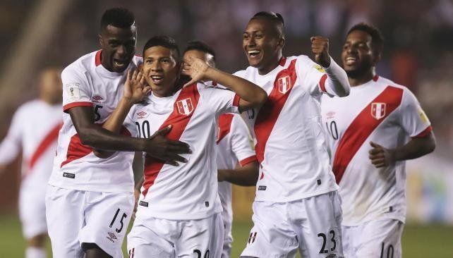 Perú le ganó a Bolivia por 2 a 1 y se ilusiona con el Mundial
